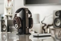 Sennheiser Cuts the Cord with New RS Headphones