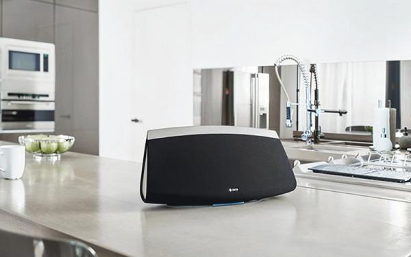 HEOS 7 and HEOS 3 Wireless Tabletop Speakers Reviewed