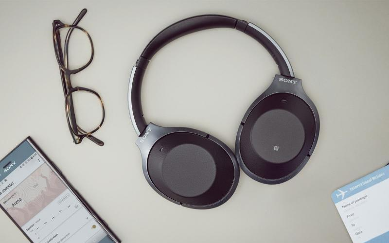 Sony WH-1000XM2 Wireless Noise-Cancelling Headphones Reviewed