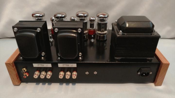 Aric_Audio_transcend_push-pull_stereo_amplifier_06.jpg