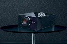 Sim2_M_150_LED_projector_table.jpg